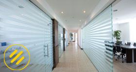 Pellicole per vetri pellicole antisolari pellicole di - Pellicole oscuranti per vetri casa ...